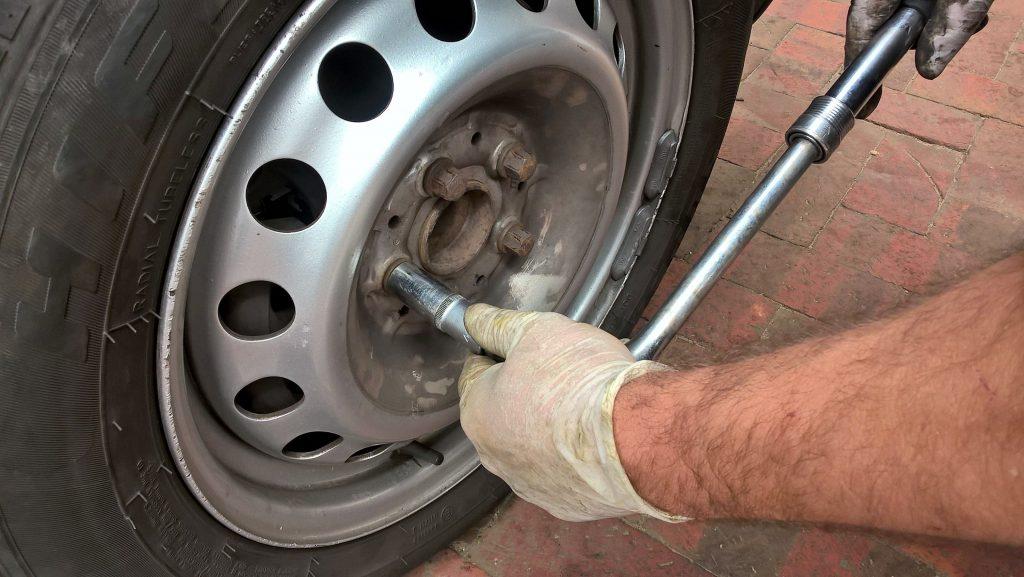 Neumáticos, equilibrado y alineación